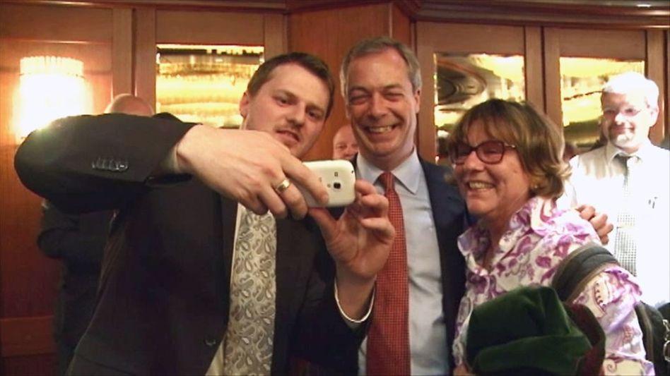 Rechtspopulist Farage bei der AfD: Euro-Gegner aller Länder, vereinigt euch
