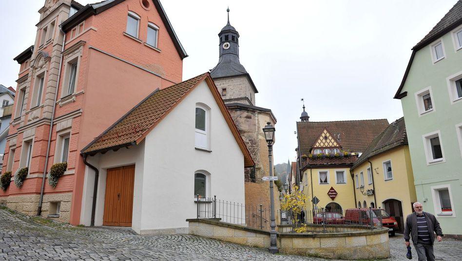 Fuchsbergers Hotel in Kulmbach (li.): Schlimmste Befürchtungen