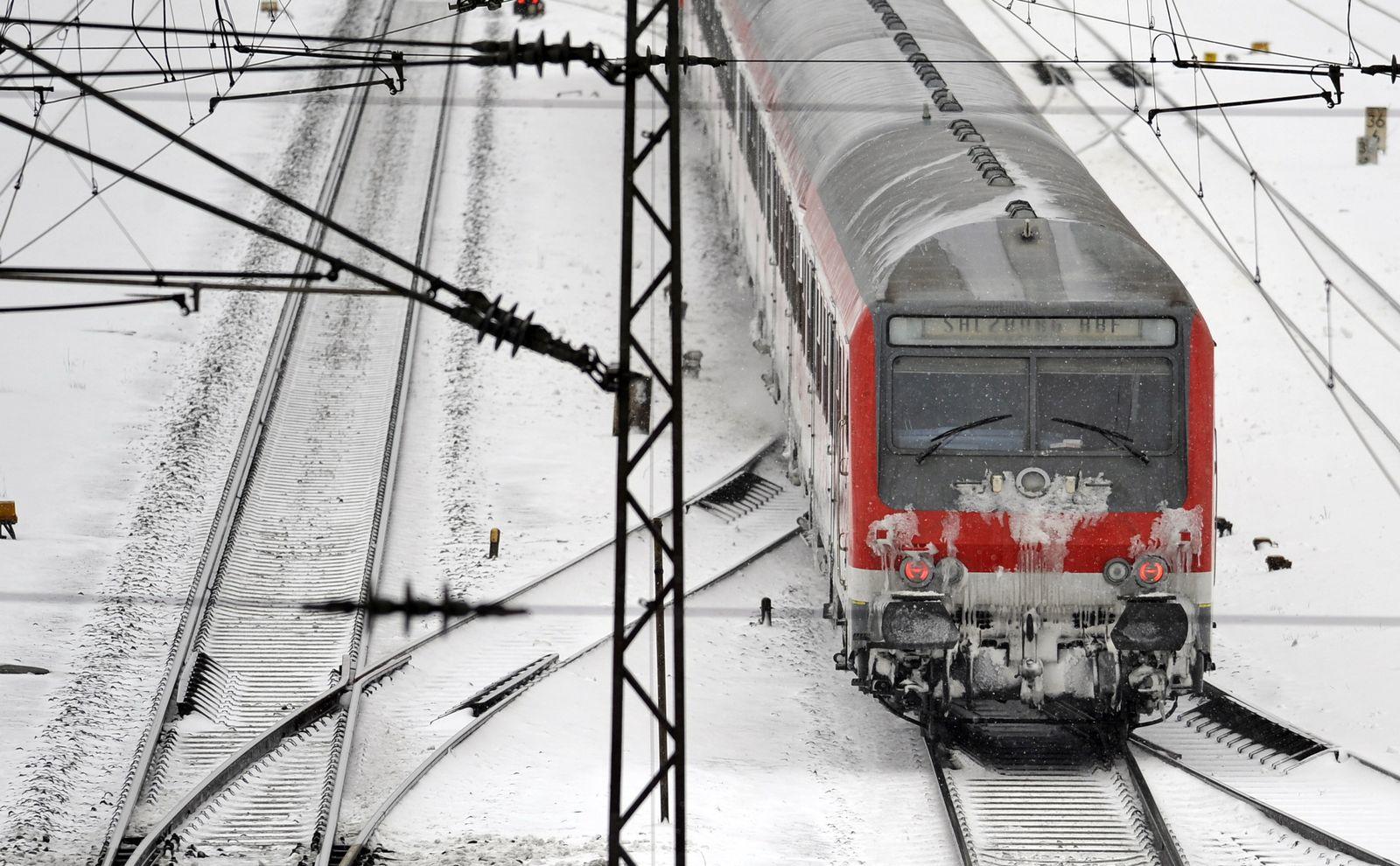 NICHT VERWENDEN Bahn/Winter/Verkehr
