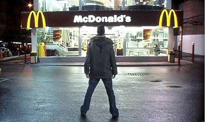 """30 Tage nur McDonald's: Im Bann der """"golden arches"""""""