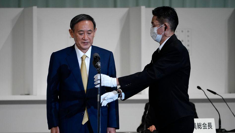 Erste Rede als neuer Parteichef: Yoshihide Suga in Tokio