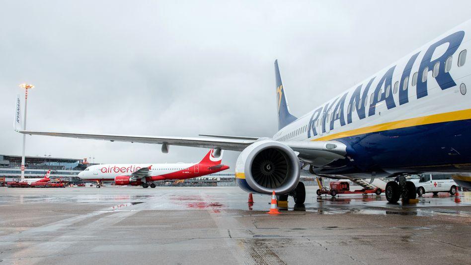 Flugzeuge von Ryanair und Air Berlin