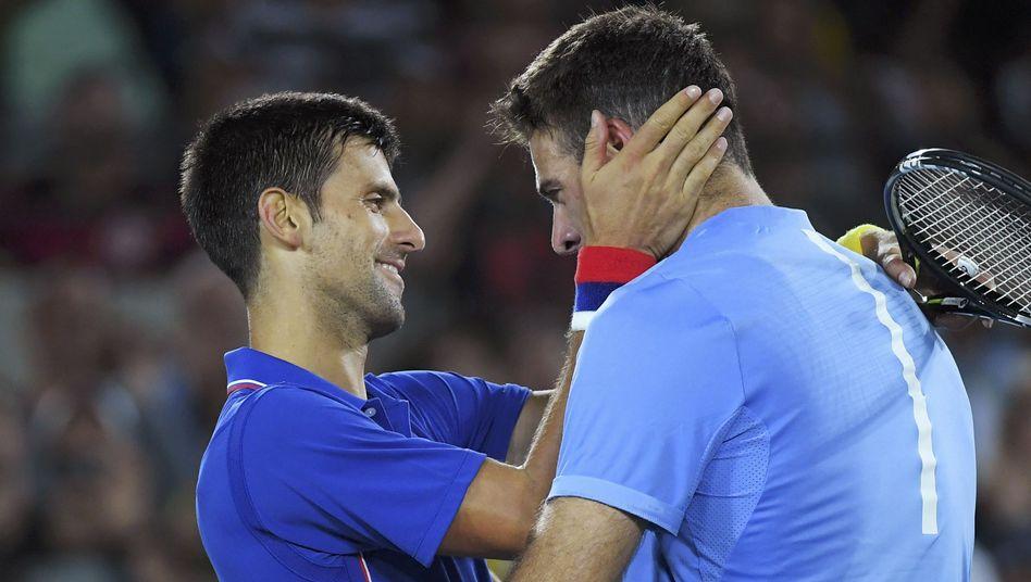 Novak Djokovic (links) und Juan Martin del Potro