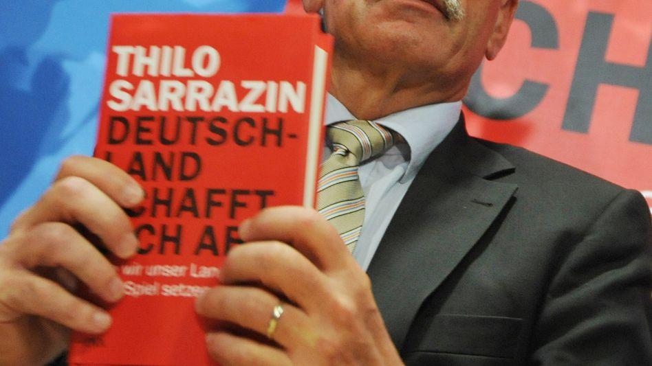 Sarrazin mit seinem umstrittenen Buch: Erste Lesung abgesagt