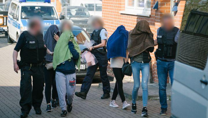 Großrazzia der Bundespolizei: Zugriff am frühen Morgen
