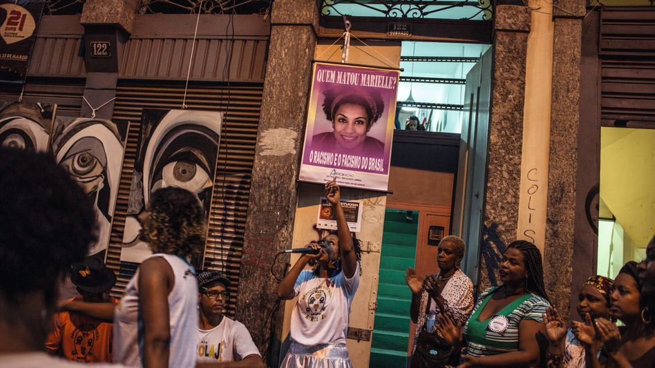 Demonstrierende schwarze Feministinnen nach dem Mord an Franco: Sie gab Außenseitern eine Stimme