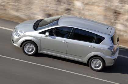Umfangreiche Sicherheitsausstattung: Serienmäßig sieben Airbags