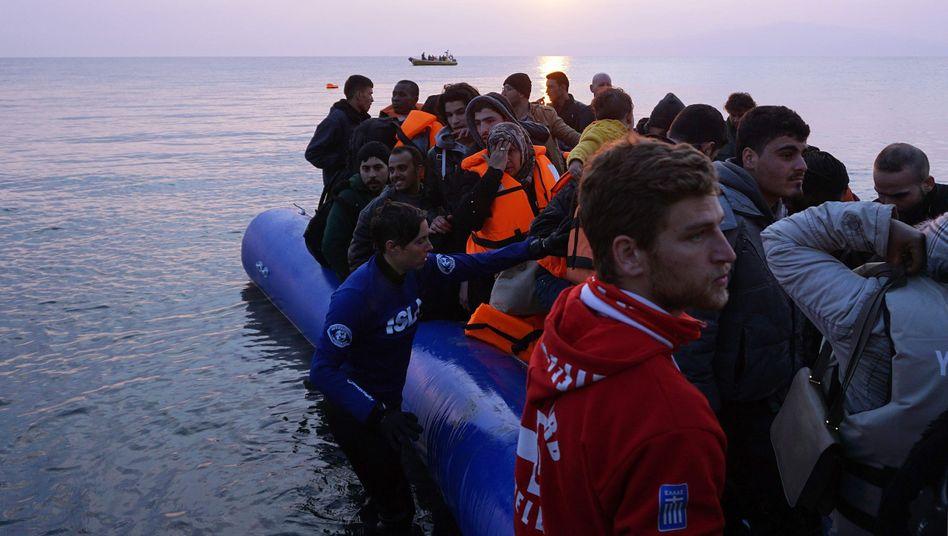 Flüchtlingsankunft auf Lesbos (im März 2016)