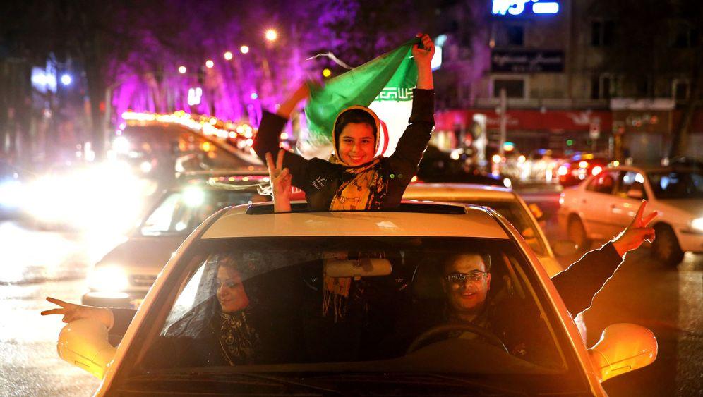Irans Atomabkommen: Jubelszenen in Teheran