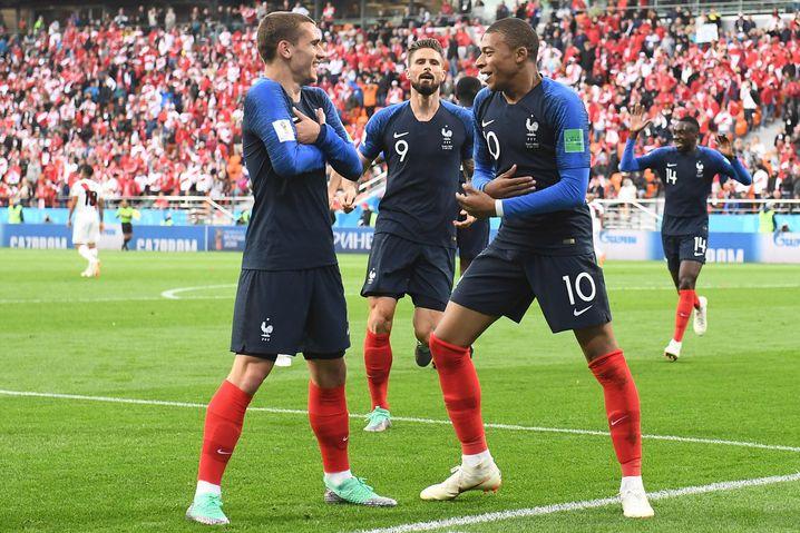 Jubelnde französische Nationalspieler