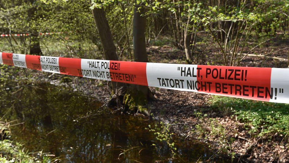 Suchaktion der Polizei bei Brieselang im April 2018: Die seit 2006 vermisste Georgine Krüger bleibt verschwunden.