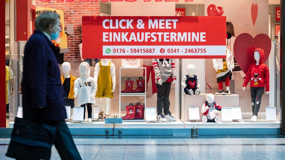 Bekleidungsgeschäft in der Leipziger Innenstadt: Öffnung nach drei Monaten Pause