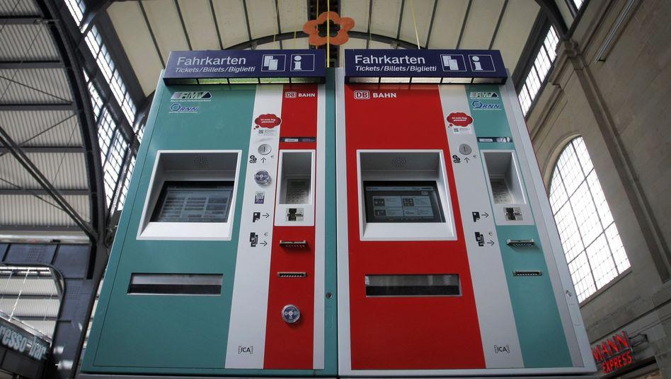 Fahrkartenautomaten der Deutschen Bahn: Farbexplosion bei Aufbruch