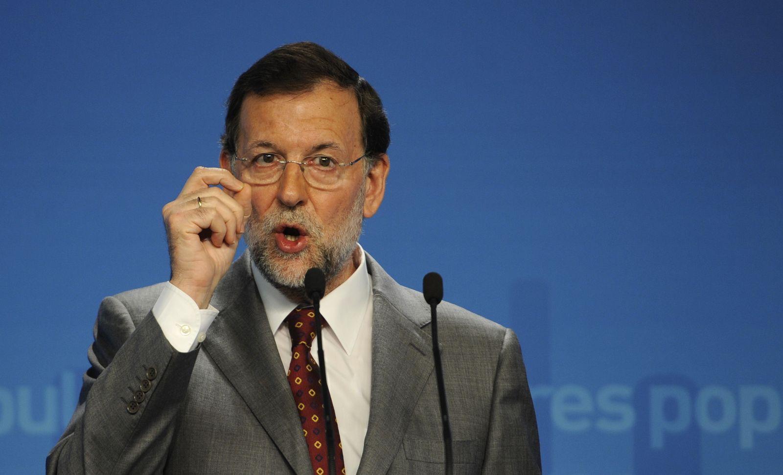 SPAIN-FINANCE-PUBLIC-DEBT-RAJOY-BANKS