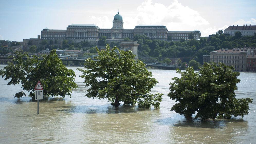 Hochwasser in Ungarn: Aufatmen in Budapest