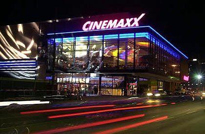 Cinemaxx (in Würzburg): Einbußen bei Stundenlohn und Sozialleistungen