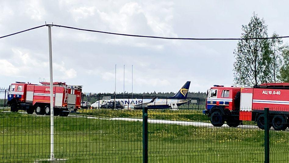 Ryanair-Maschine am Flughafen Minsk: »Akt von Staatsterrorismus«
