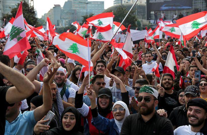 Protest in Beirut (am 20. Oktober): Seit 2015 waren nicht mehr so viele Menschen auf der Straße