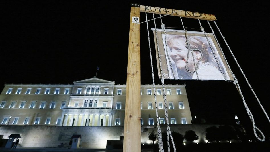 Anti-Merkel-Protest vor dem Parlamentsgebäude in Athen 2012