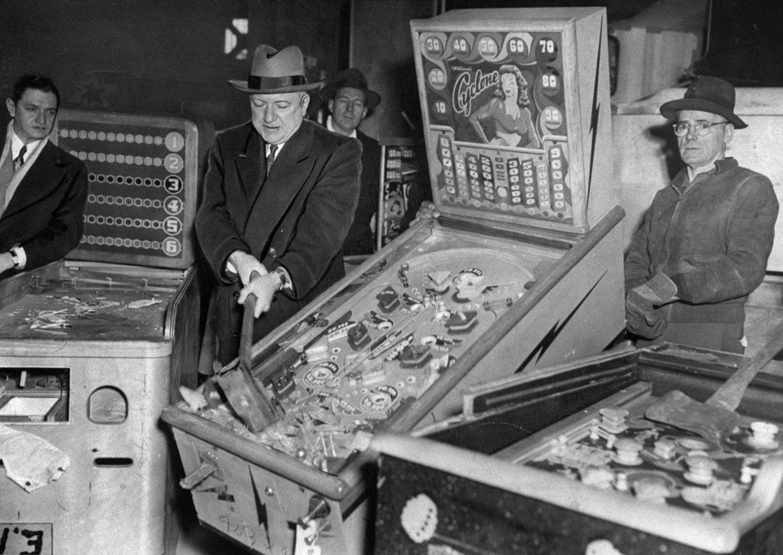 O'Brien Smashes Pinball Machines