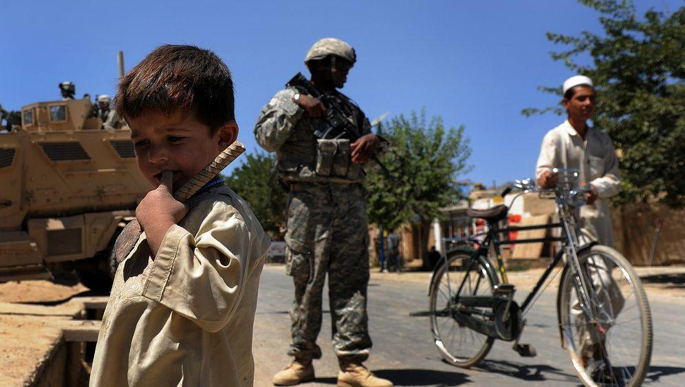 Afghanistan-Wahl: Raketen und Gewehre