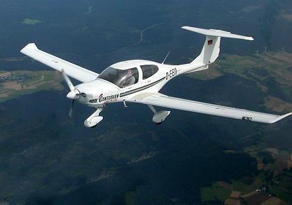 Flugzeug mit Thielert-Motor: Unterlagen beschlagnahmt