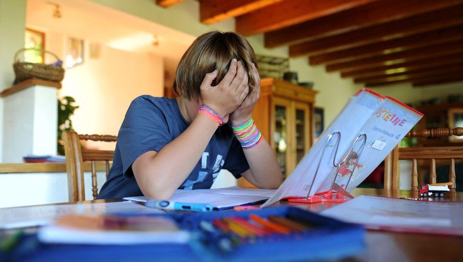 Sollen Kinder für ihre Leistungen im Fernunterricht Noten bekommen?