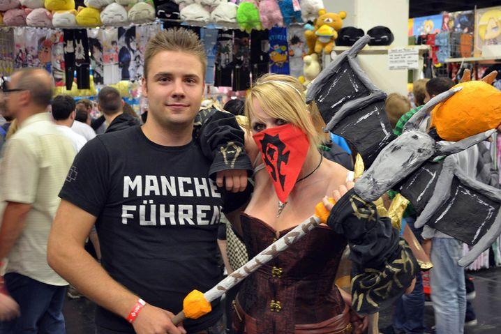 """David (21) und Denise (20) aus Lemgo: Er spielt """"Battlefield 4"""", sie """"World of Warcraft"""""""