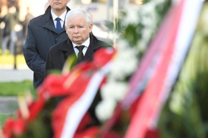 Jaroslaw Kaczynski gedenkt seines Zwillingsbruders Lech am 10.4.2020