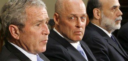 Gemeinsamer Auftritt, als die Finanzkrise noch weniger dramatisch war: George W. Bush, Finanzminister Henry Paulson, Notenbankchef Ben Bernanke im Januar