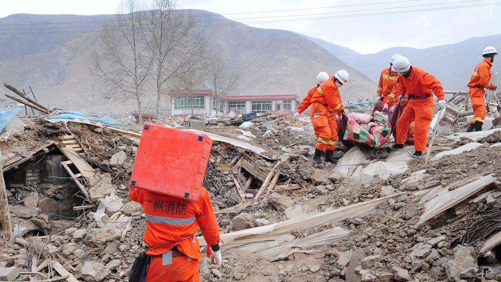 Katastrophe in China: Beben im Morgengrauen