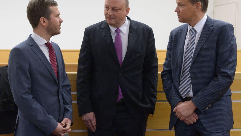 """Glaeseker inmitten seiner Anwälte: """"Wulff wusste von allem"""""""