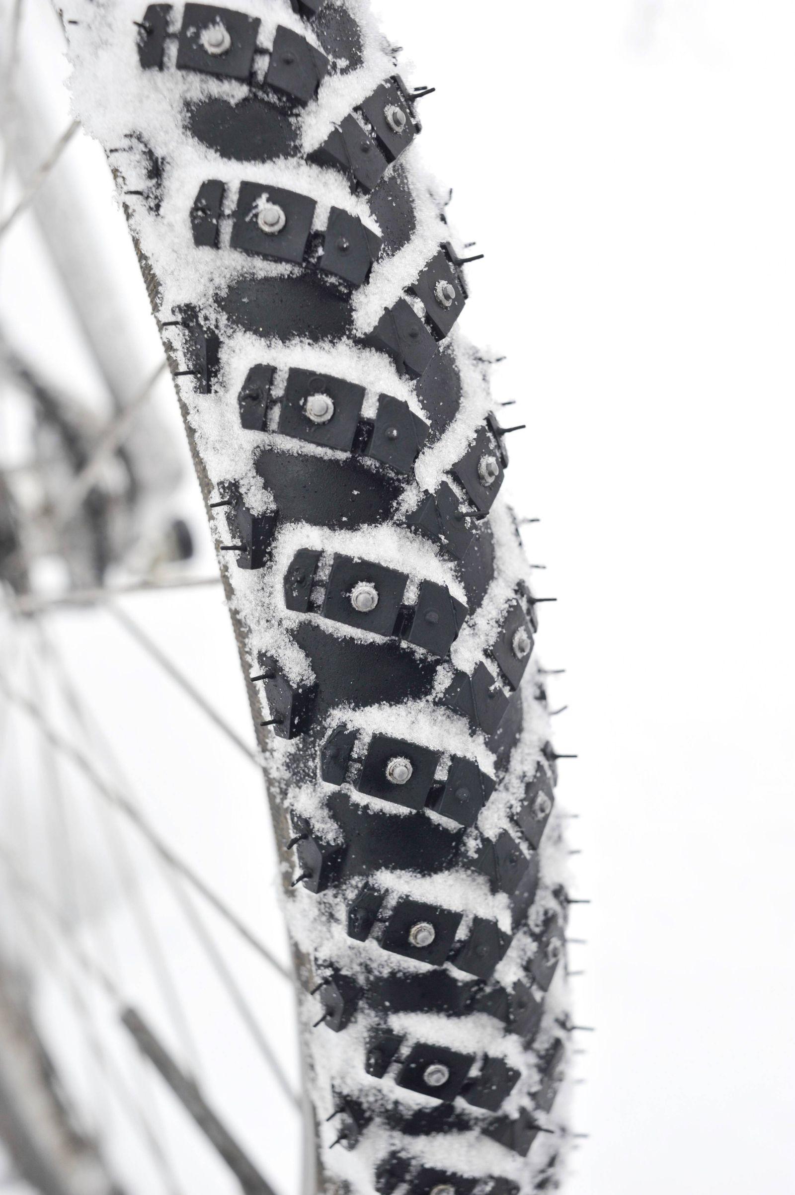EINMALIGE VERWENDUNG Winter/ Spikes/ Fahrrad