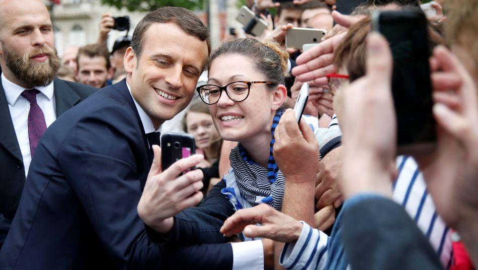 Präsident Macron mit Anhängern, Paris, 3. Juni 2017