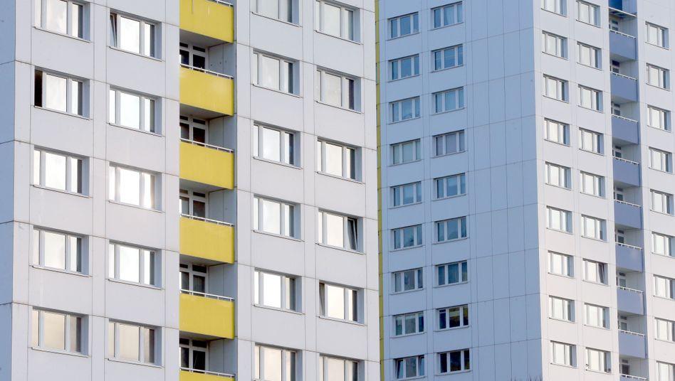 """Fassade eines Mietshauses in Berlin: """"Wohnungsmarktengpässe in Ballungsgebieten"""""""