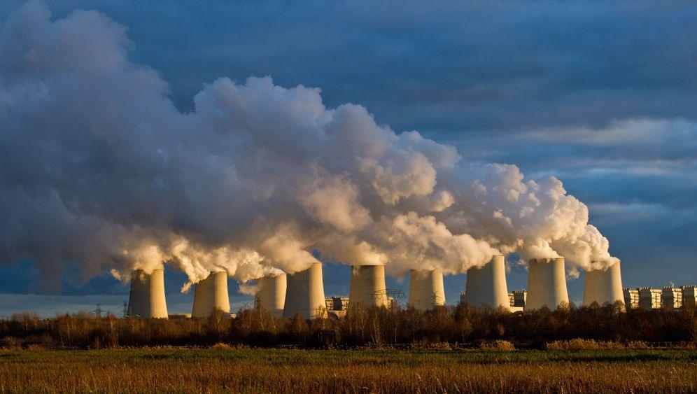 Neue Wege im Klimaschutz: Schwarze Wolken, wärmende Gase