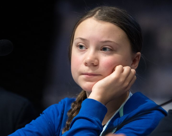 13.12.2018, Polen, Kattowitz: Greta Thunberg, junge schwedische Klimaaktivistin, nimmt an einer Pressekonferenz beim Weltklimagipfel teil. Der UN-Klimagipfel zum Klimawandel findet vom 03.-14.12.2018 in der südpolnischen Stadt Kattowitz statt. Foto: Monika Skolimowska/dpa-Zentralbild/dpa +++ dpa-Bildfunk +++   Verwendung weltweit