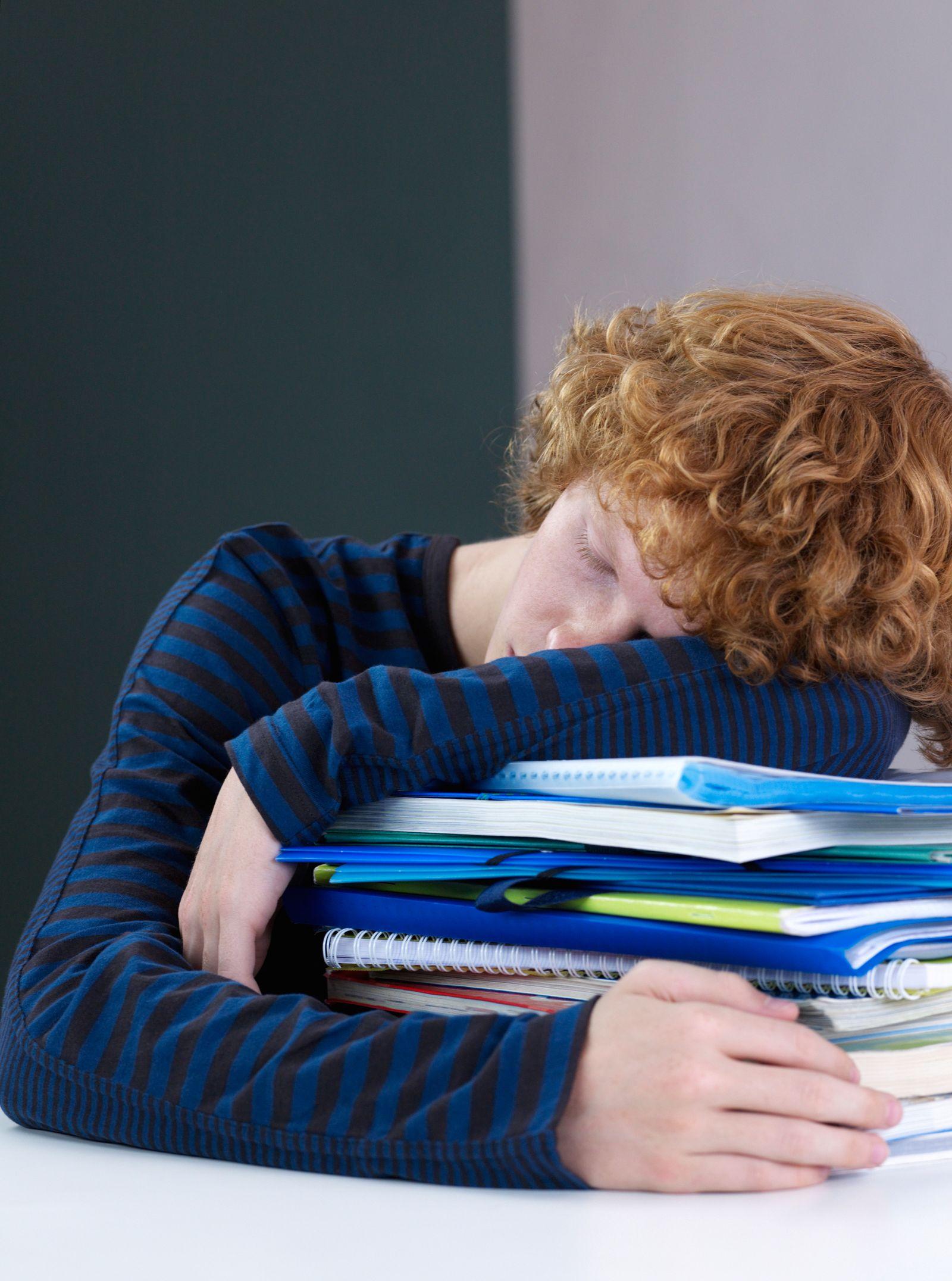 NICHT MEHR VERWENDEN! - Schüler übermüdet / Müde