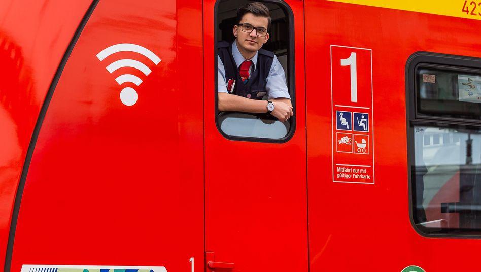 Bahn-Auszubildender in Frankfurt am Main (Archivbild): Allein 2300 Lokführer werden gesucht