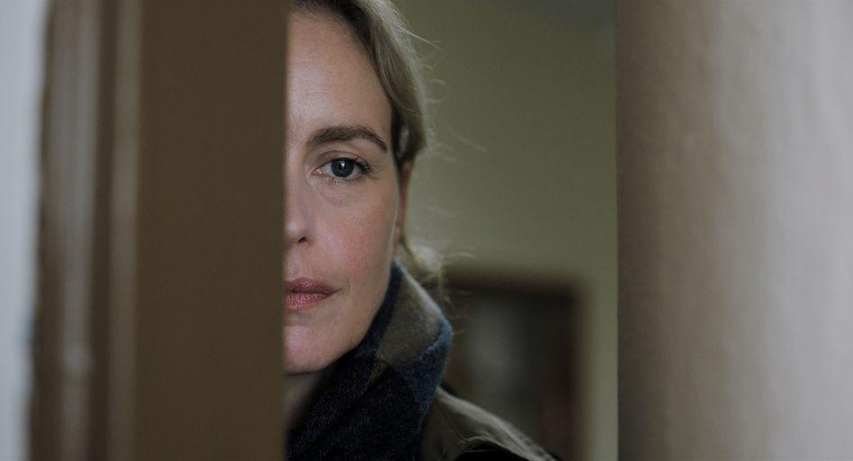 """Nina Hoss als geheimnisvolle Geigenlehrerin Anna in """"Das Vorspiel"""""""