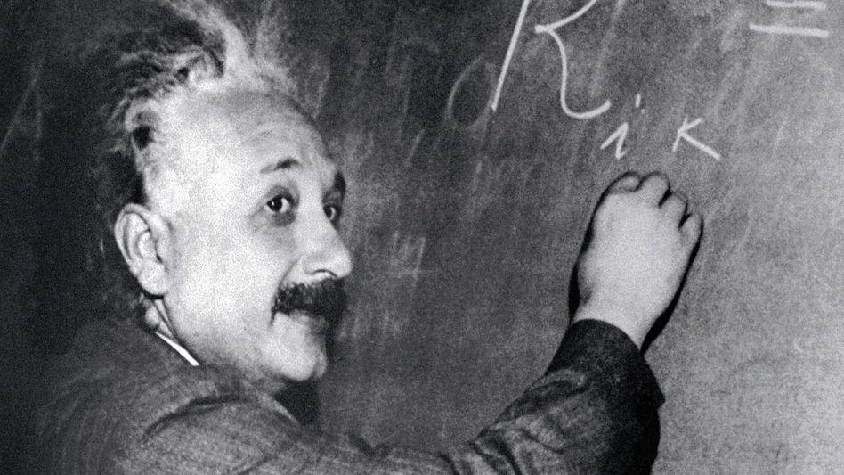 Physiker Einstein 1931: »Er hat den Bauplan des Kosmos enträtselt«