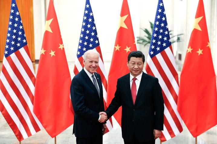 Xi und Biden in Peking im Dezember 2013