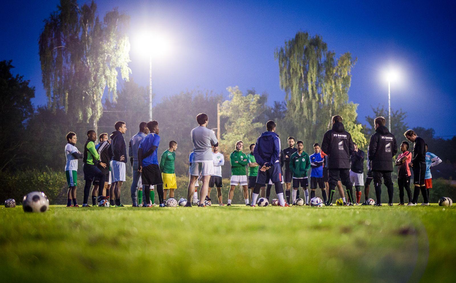Fußball / Flüchtlinge