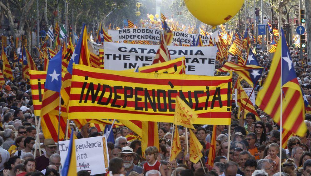 """Millionenprotest in Katalonien: """"Adéu Espanya"""""""