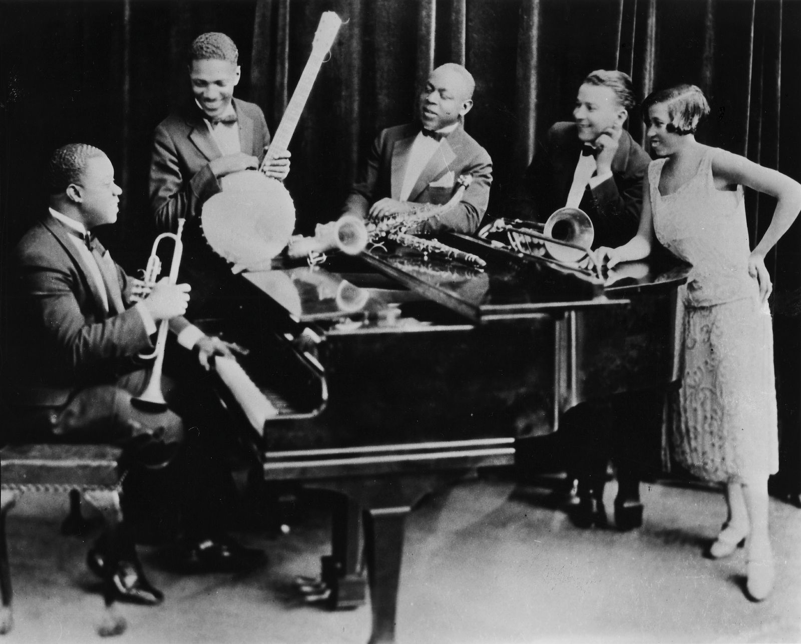 Photo of Louis ARMSTRONG and Johnny ST CYR and Johnny DODDS and Kid ORY and Lil Hardin ARMSTRONG