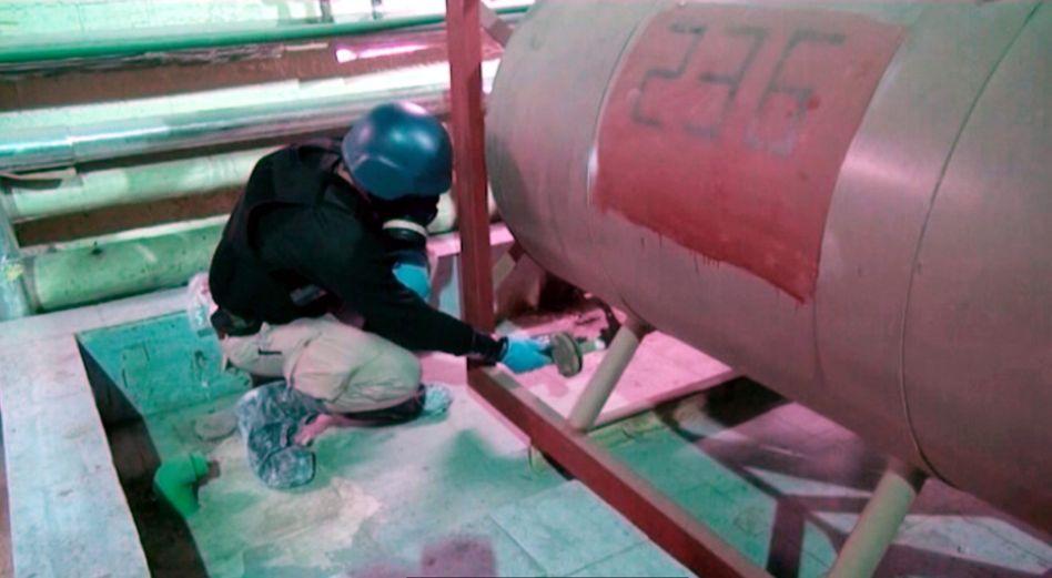 Arbeiter der Organisation für das Verbot chemischer Waffen: Resolution angenommen