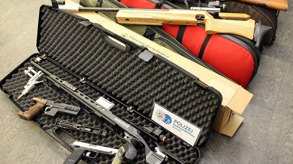 Beschlagnahmte Waffen (Archiv)