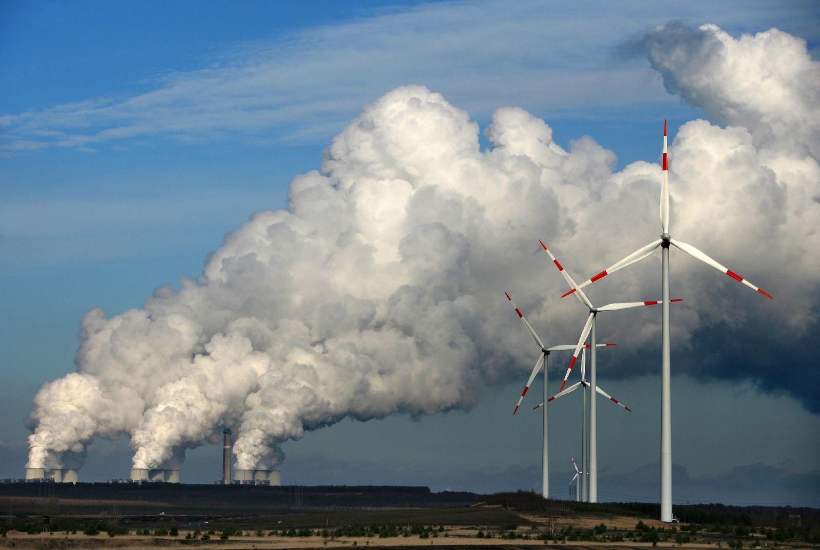 Windräder / Braunkohlekraftwerk / Energie / Umwelt Chronik 2009 Klima #8