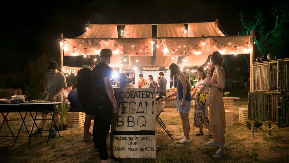 Veganes Barbecue in Thailand: Das Internet fungiert als Bewusstwerdungsmaschine