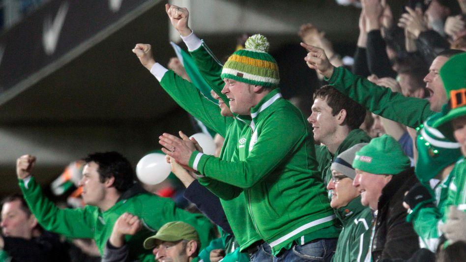 Irische Fußballfans in Tallinn: Einer von ihnen schaffte es bis auf die Ersatzbank